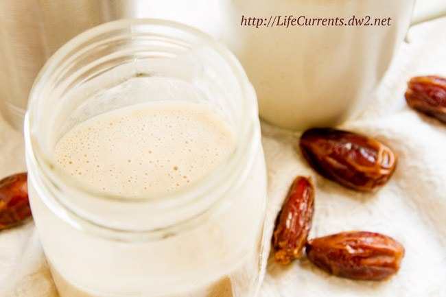 Simple Coconut Milk Creamer