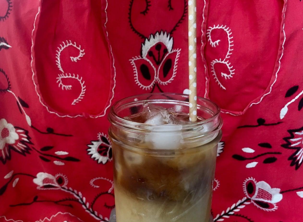 Recipe How To Make A Starbucks Copycat Iced Vanilla Latte