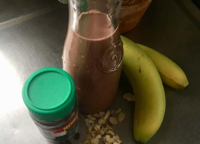 morning mocha smoothie bowl ingredients