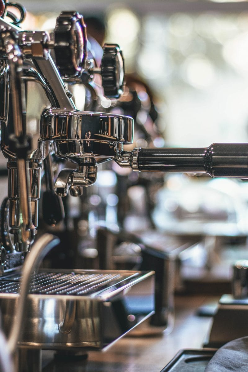 Semi-Automatic vs Automatic Espresso Machine: Who's Pulling the Shots?