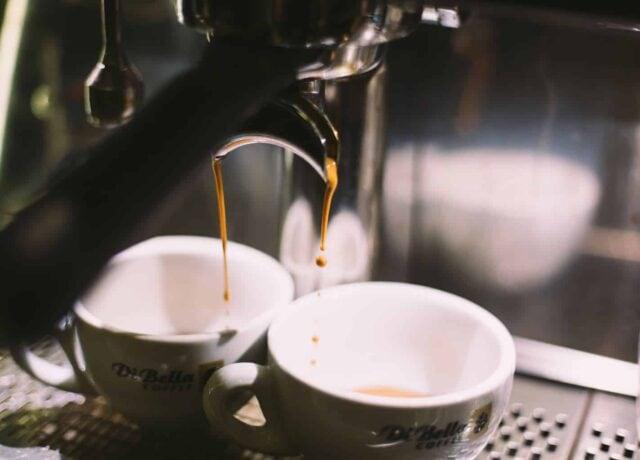 manual vs automatic espresso machine